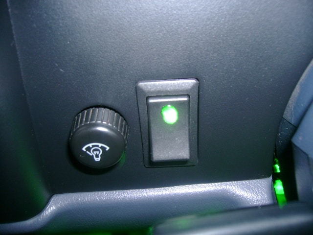 dlyR scion oem style lighted rocker switch oznium LED Rocker Switch Wiring Diagram at panicattacktreatment.co